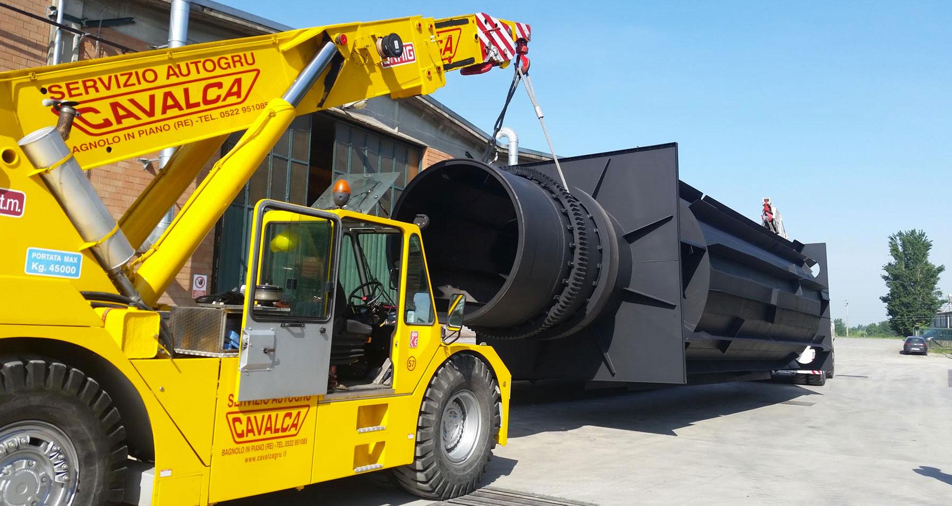 Cavalca Autogru è specializzata in noleggio autogru, camion gru, piattaforme aeree gru semoventi a Reggio Emilia, Modena, Parma, Mantova, Bologna e Piacenza